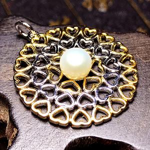 925纯银镀18K金镶完美强光白珍珠天然淡水珍珠订制吊坠