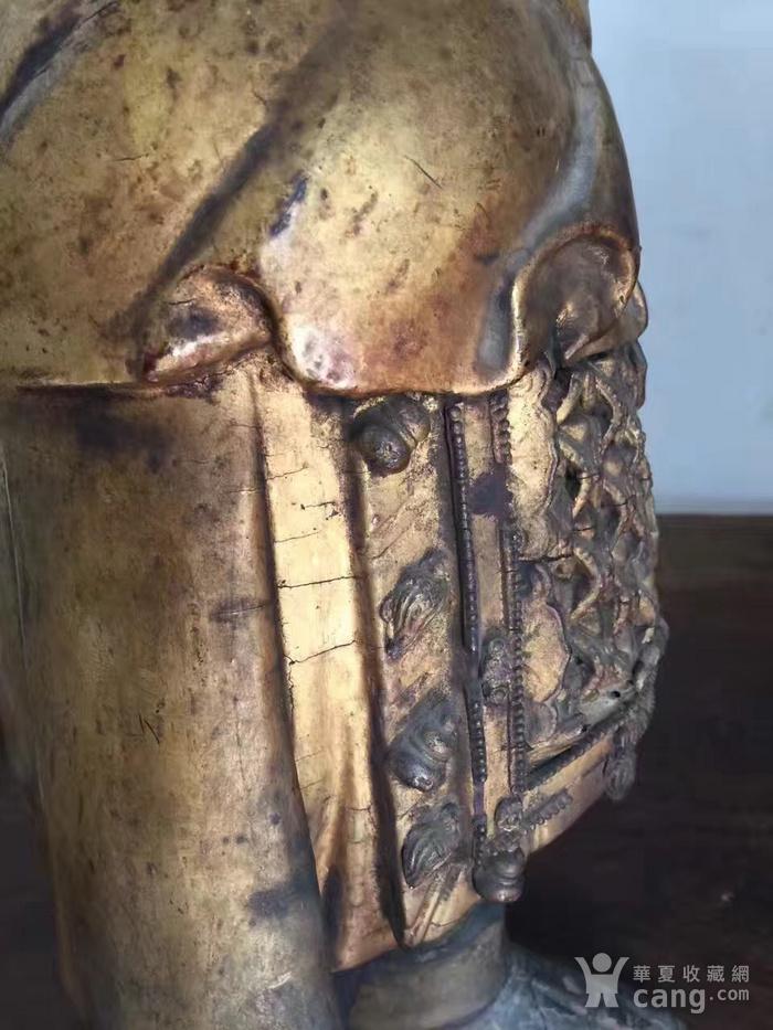 明代65厘米大型漆金关公木雕图3