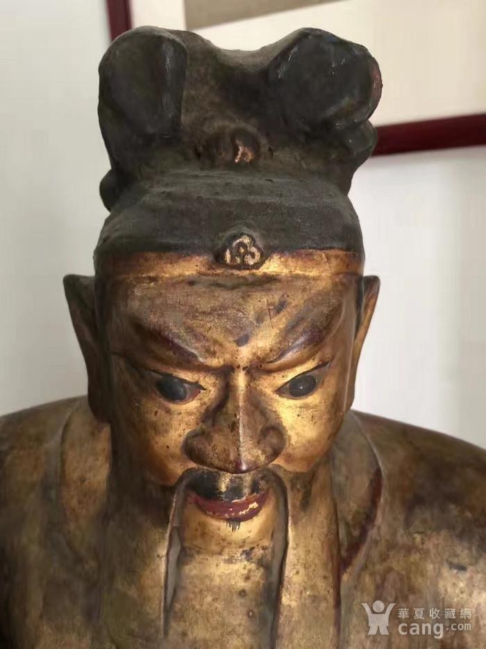 明代65厘米大型漆金关公木雕图7