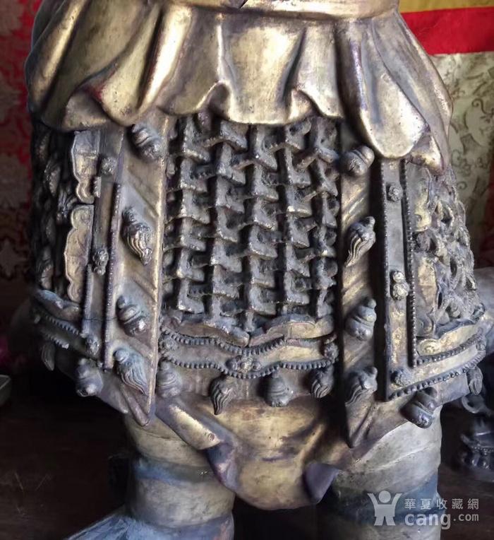 明代65厘米大型漆金关公木雕图10