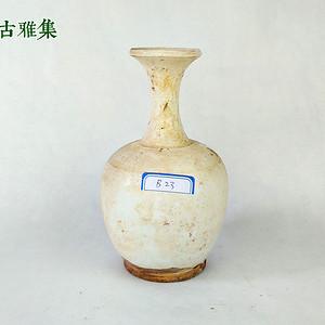 五代  白釉喇叭口瓶