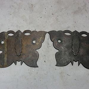 清代铜制蝴蝶形锁片一对