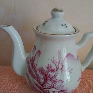 联盟 民国矾红山水茶壶
