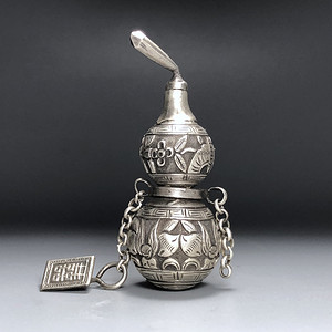 精品 收藏级 清代 老银葫芦鼻烟壶