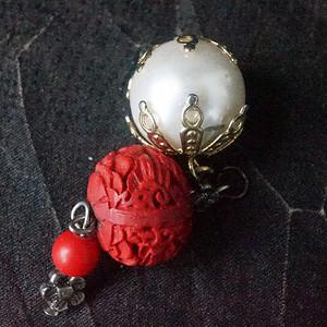 雕漆 珍珠吊坠两个