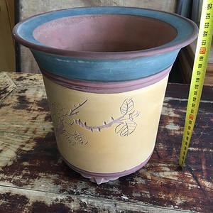 紫砂花盆一个