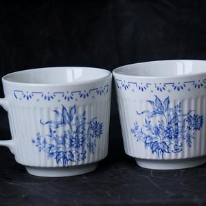 英国青花咖啡杯一对