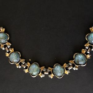 8142欧洲回流老鎏金嵌宝手链