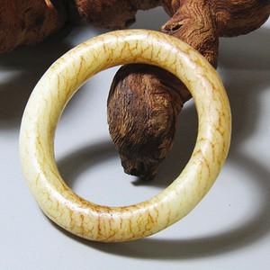 明 和田玉白玉 袈裟环 包浆熟润 沁色自然