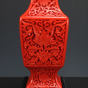 清代 铜胎剔红漆器四方大瓶