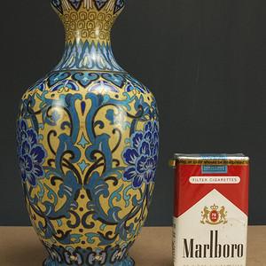 民国铜胎掐丝珐琅蒜台瓶