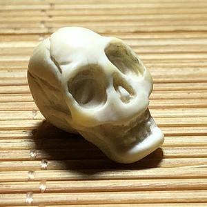 藏区 尸陀林主 牙珠 手工雕刻 小巧精致 比例掌握特别好
