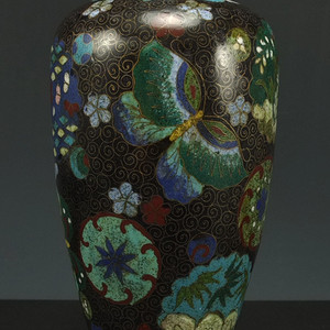 清代精品铜胎掐丝珐琅橄榄瓶