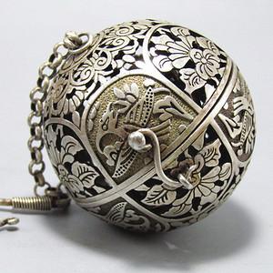 唐老银 打造 镂空透雕 平衡原理 熏香球