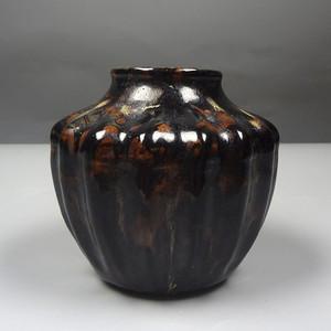 吉州黑釉窑变瓜楞罐