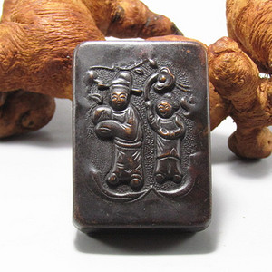 清带款紫铜人物 墨盒 手工斩刻 包浆厚重