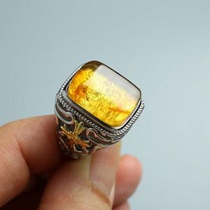 缅甸琥珀阴雕龙腾银戒指 10KJ09