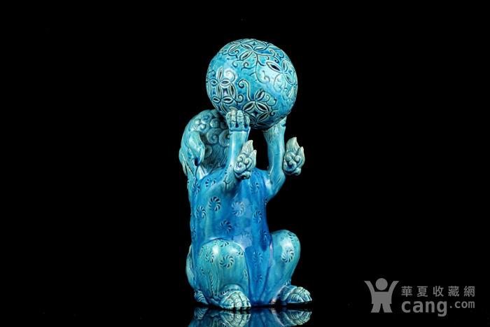 1清孔雀蓝釉狮子戏球摆件图4