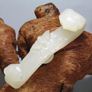晚清和田一级白玉 双福如意造型设计精美玉质油润度极佳