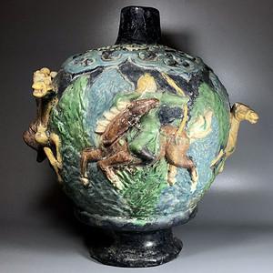 收藏级高古瓷压轴重器 明 法华彩堆塑人物大罐一只