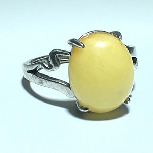 丹麦 鸡油黄满蜡 蜜蜡 戒指 925银托 花纹漂亮
