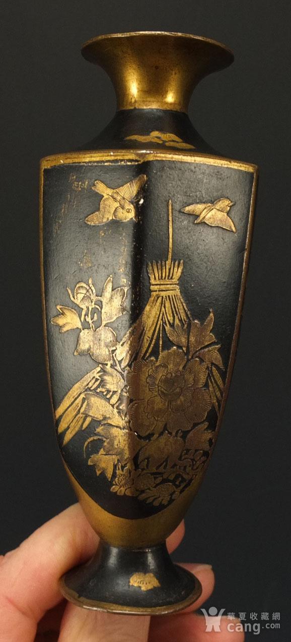 清代铜胎描金龙纹观音瓶 一对图3