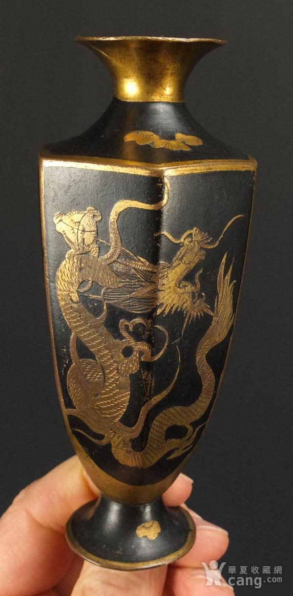 清代铜胎描金龙纹观音瓶 一对图4