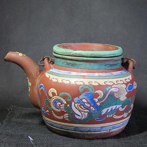 精品   清代中期太狮少狮加彩紫砂提梁大壶