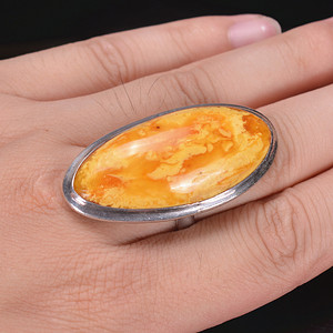 欧洲回流 天然鸡油黄花蜡戒指