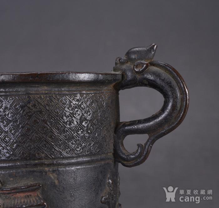 明 浮雕人物 铜香筒图5