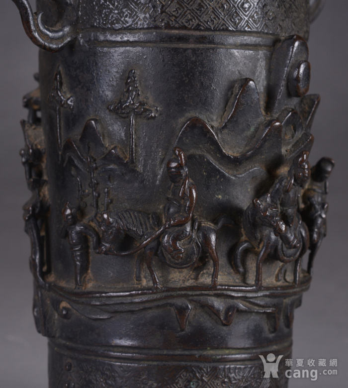 明 浮雕人物 铜香筒图7