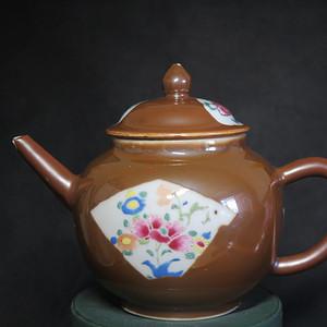 清代乾隆乌金酱釉大茶壶