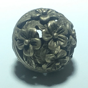 清代 纯银 梅花扣子 一枚 手工錾刻 工艺十分漂亮
