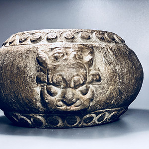精品收藏级石雕 清代兽头石鼓一件