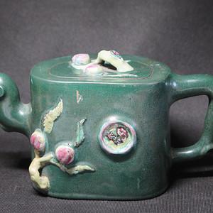 精品   清代绿釉加彩桃桩紫砂大壶