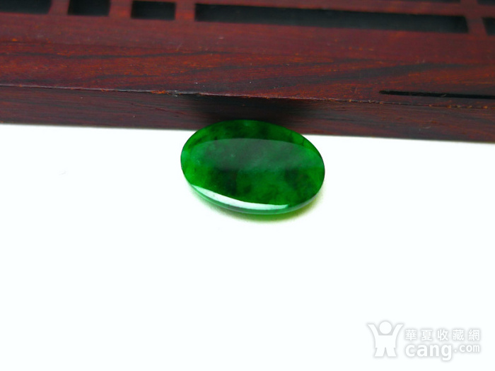 冰种辣绿戒指蛋面图6