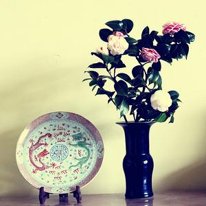 清代蓝釉花觚
