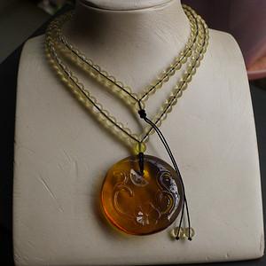 花开富贵琥珀项链