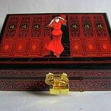 金牌 漂亮的 漆器 珠宝饰盒