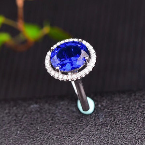 爆款斯里兰卡蓝宝石戒指