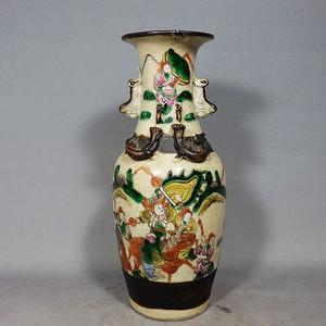 清代哥釉五彩三国人物绘画赏瓶