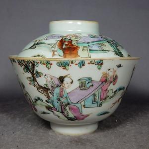 清代粉彩人物绘画茶盖碗
