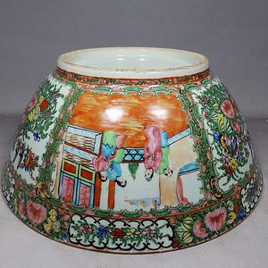 清代 号广彩人物花鸟开窗绘画海碗