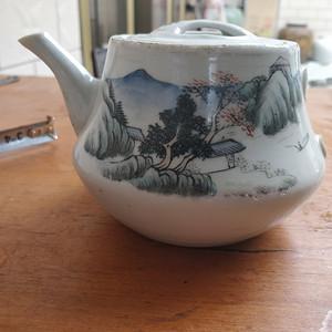 清末民国降彩茶壶标本