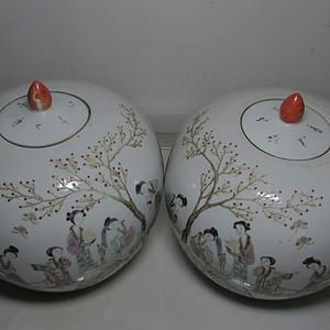 清末名家刘和义粉彩仕女纹大盖罐