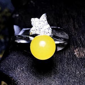 漂亮金沙蜜!925纯银镀18K白金镶嵌天然蜜蜡圆珠郁金香戒指