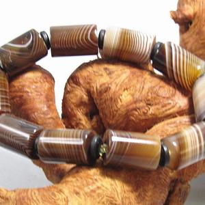 天然缠丝玛瑙 桶珠手串
