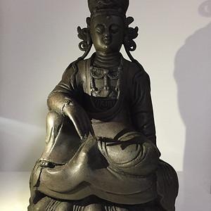元代铜雕自在观音