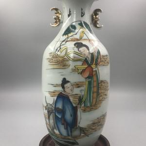 1923年民国粉彩牛郎织女图双耳瓶