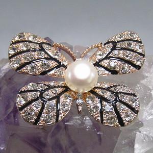 欧洲回流 珍珠蝴蝶 镶钻胸针 漂亮极了